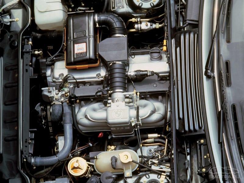Мотор М30, которым снабжались 530і и 535і
